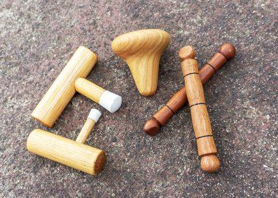 Self massaging implements: T-bars, Knobblers, De-knotters